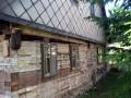 Zvednutí střechy v pravé čási domu cca o 20cm